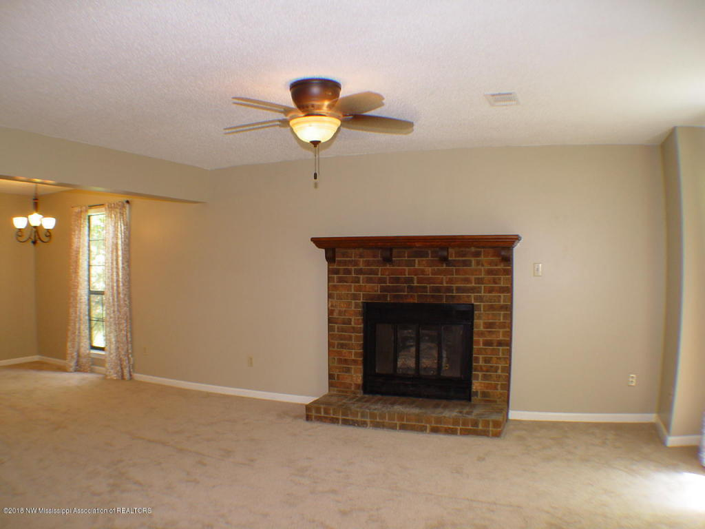 6967 Maury Drive,Olive Branch,MS 38654 | Crye-Leike